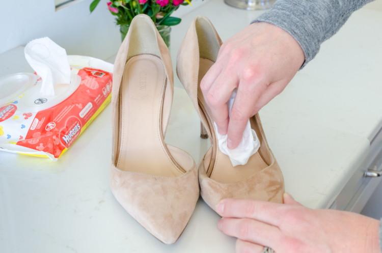 Чистим обувь внутри